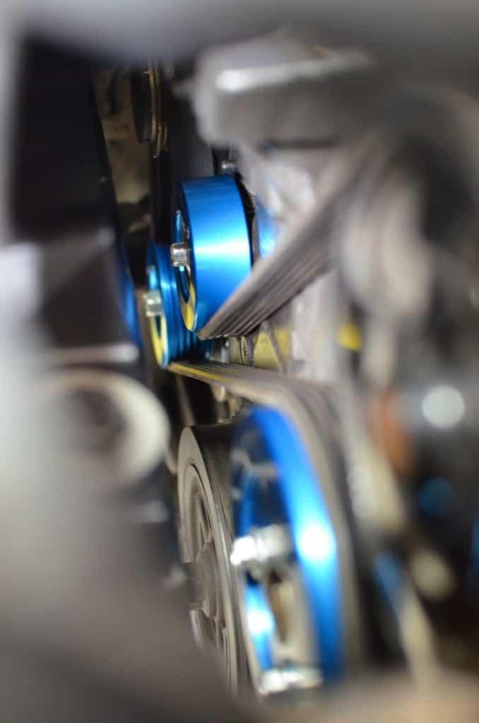 Installed Mazdaspeed aluminum pulley set